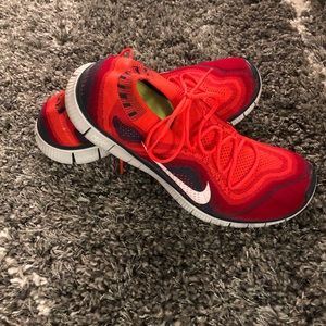 Nike Free 5.0 shoes - Size 11.5